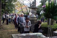 細井和喜蔵碑前祭.jpg